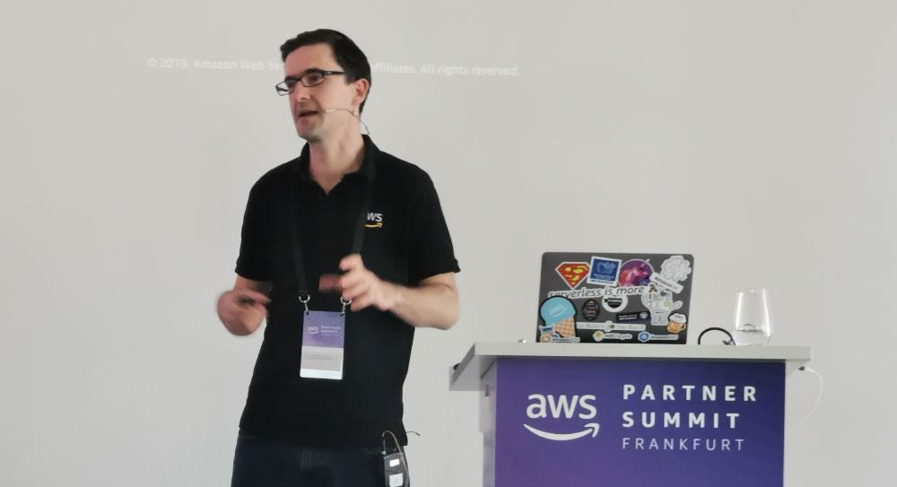 AWS Summit Frankfurt am Main - Vortrag AWS Experte - KI und ML - Künstliche Intelligenz und Maschinen Lernen